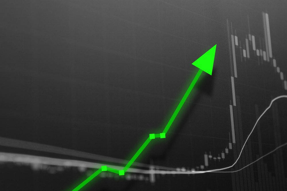 green upwards stock market arrows